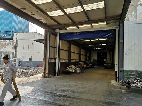 生产车间出入口抗风堆积门项目完工